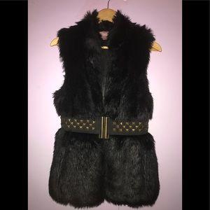 Romeo & Juliet Couture Belted Faux Fur Vest